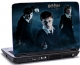 Laptop skin med Harry Potter og 2 personer i baggrunden